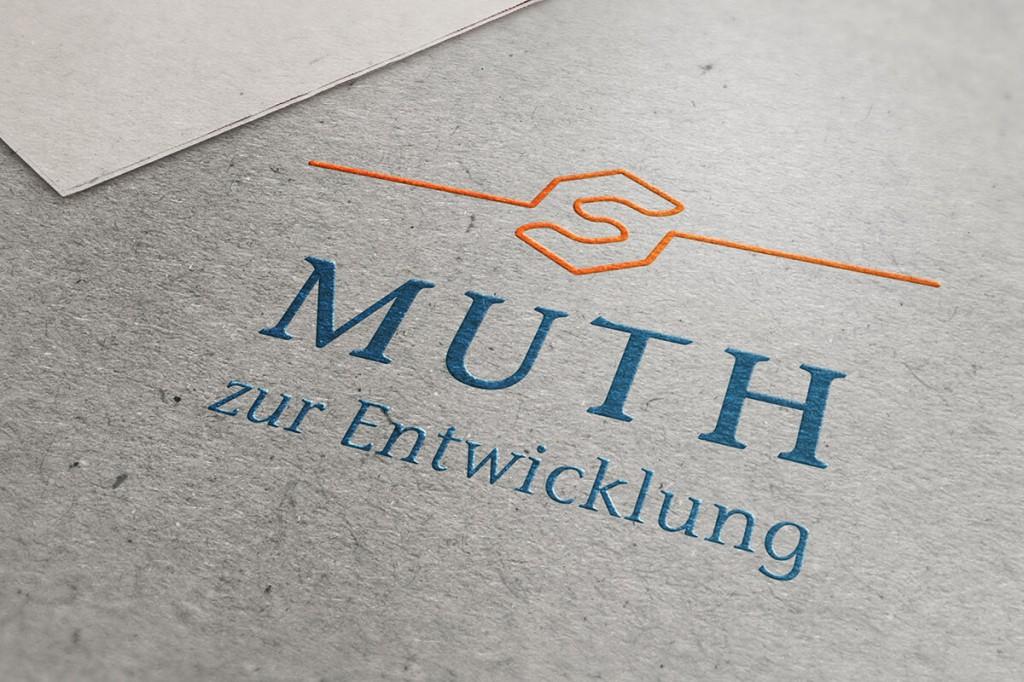 AUFTRAGGEBER: Johannes F. Muth PROJEKT: Logo-Gestaltung